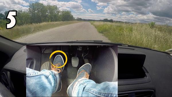 Démarrer sans caler avec une voiture